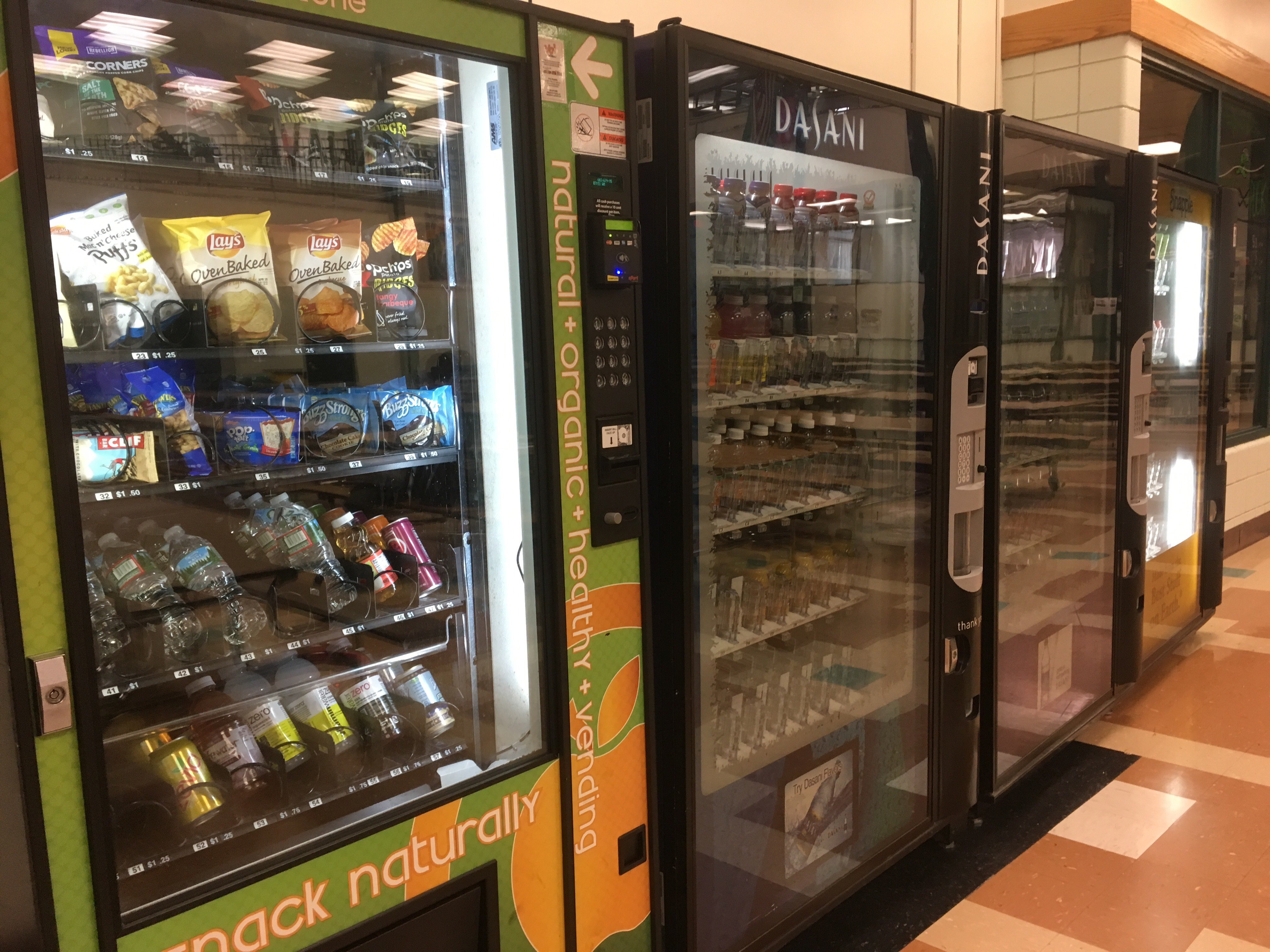 Vending machine woes lead students to new lunch options